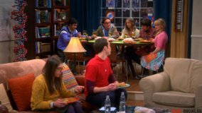 7 сезон 16 серия: Поляризация стола